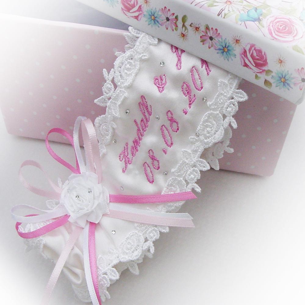 personalised-wedding-garter-pink-script