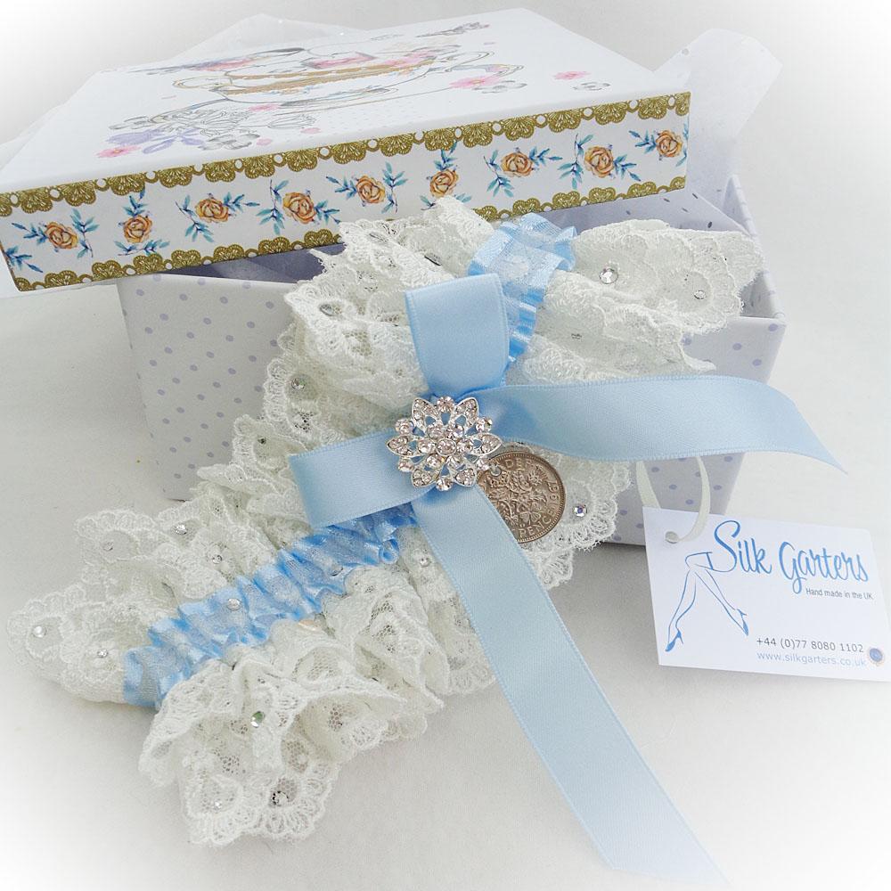 Custom made wedding garter for Lindsay