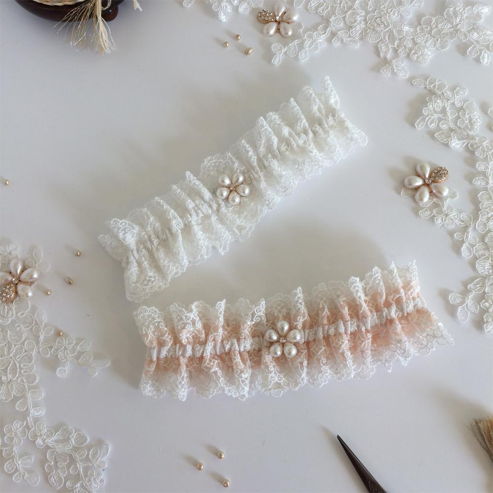 Filigree lace wedding garter