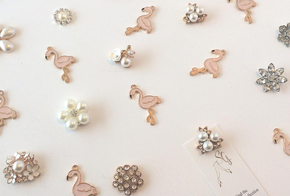 Designing a Flamingo Wedding Garter #loveflamingos