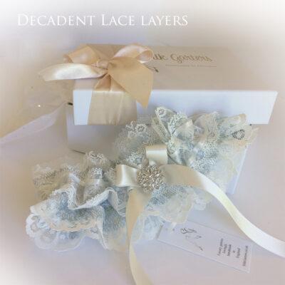 lace layers wdding garter