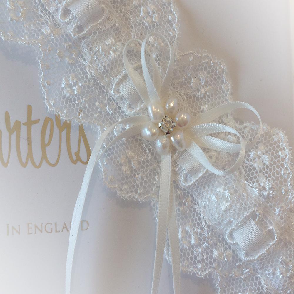 pearl wedding garter