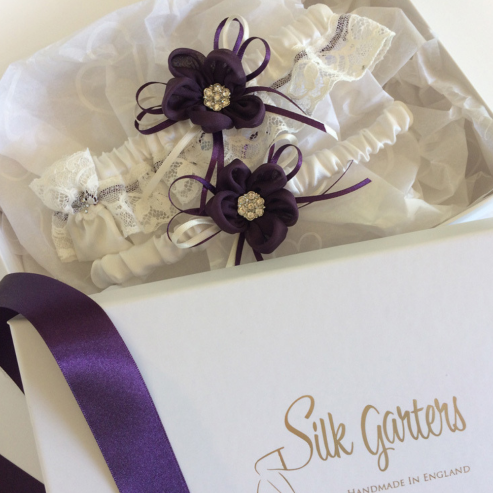 eggplant garter set