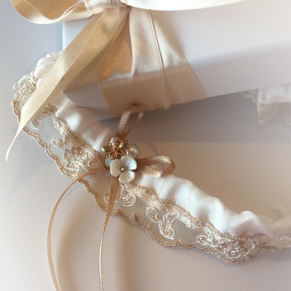 vintage lace wedding garter