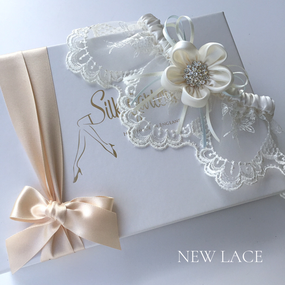 Designer wedding garter Ayana