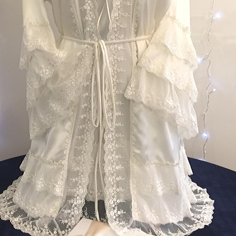 brides negligee set